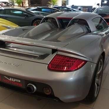 car rental luxury